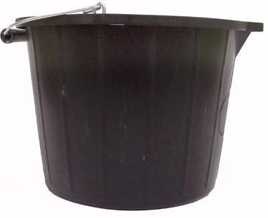 Martin Cox 15 Litre Bucket With Tipping Lip. MOGG57