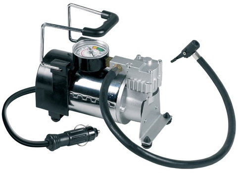Ring 12v 4x4 Air Compressor, Suitable For 4x4 & Standard Tyres RAC700